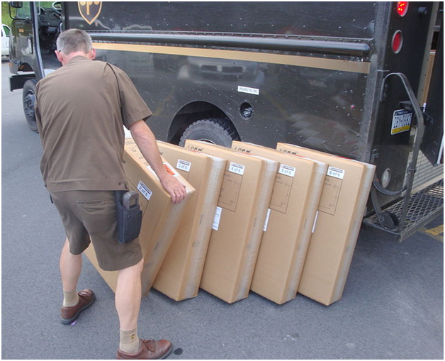Understanding the Insurance Requirement for Couriers